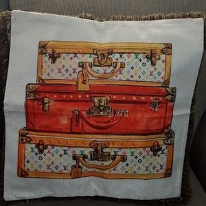 Accessories - Chic Throw Pillow Case